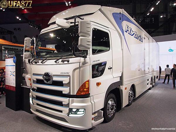 Hino Motors 2